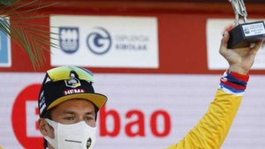 Roglic wint Ronde van het Baskenland na spektakel in de slotetappe