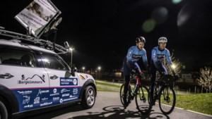 Raül (21) uit Sittard moét honderden kilometers fietsen als gevolg van tumor: 'Enige medicijn'