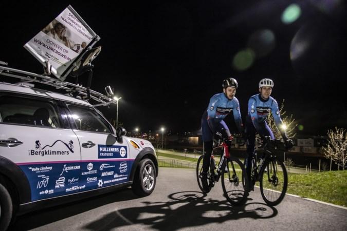 Raül Rademakers (21) uit Sittard moét honderden kilometers fietsen als gevolg van tumor: 'Wielrennen is mijn enige medicijn'
