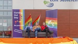 Russische homoactivist stuurt bij wijze van protest regenboogvlag naar Echt-Susteren