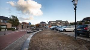 Parkeerverbod rond opgeknapte Markt Oirsbeek