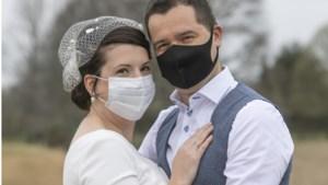 Trouwen in een pandemie? Deze Limburgse stellen besloten het te toch te doen: 'Achteraf was mijn bruiloft perfect'