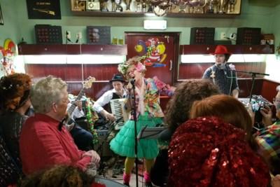 Sluiting Café Coba baart Hoensbroekse carnaval zorgen: 'Misschien is nu de tijd aangebroken om als SHC-verenigingen de handen ineen te slaan'