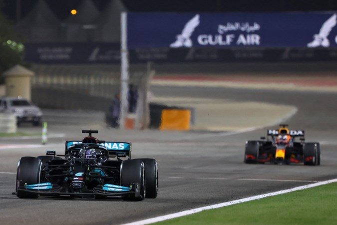 Mercedes: in geen enkel opzicht sterker dan Red Bull