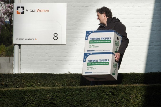 Oud-directeur die geld van woningstichting in Limbricht verduisterde moet 167.000 euro terugbetalen