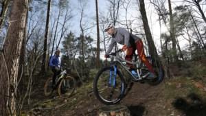Punaises, spijkers en weggehaalde bordjes: vandalen weer actief op mountainbikeroutes
