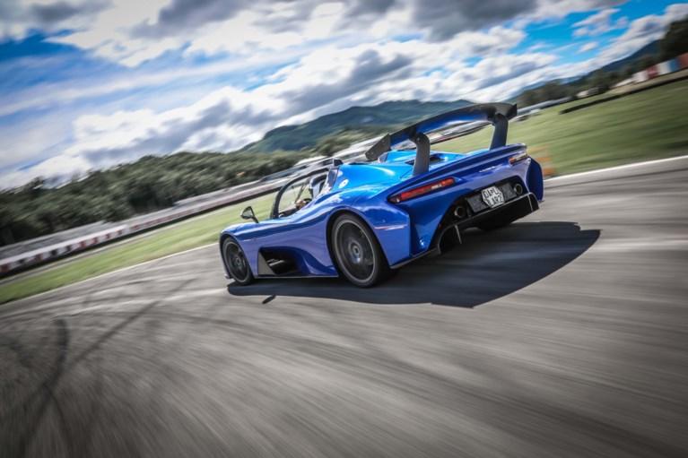 Dallara Stradale: gejaagd door de wind