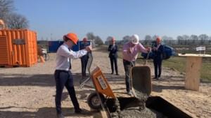 Al twee weken na de bouwstart komt fabriek groenteverwerker Hessing in handen van Duitse belegger