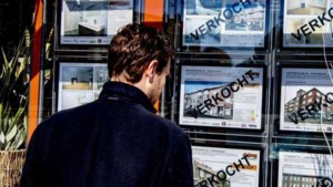 Woningprijs knalt 15 procent omhoog: 'Ongekend en absurd'