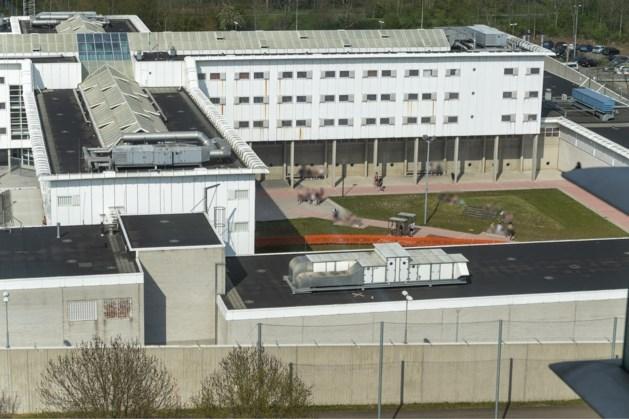 Tientallen gedetineerden besmet met corona in gevangenis Sittard