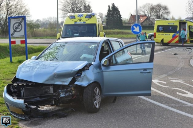 Twee personen gewond bij ongeval in Beringe