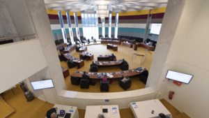 Limburgs parlement: Eén gids gaat mogelijkheden voor nieuw provinciebestuur te onderzoeken