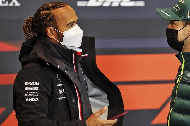 Lewis Hamilton: 'Strijd met Max tipt nog niet aan de battles met Vettel'