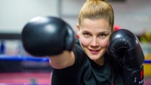 Willeke Verdellen uit Horst begeleidt boksers in haar eigen school: 'Alles draait om het goede gevoel'