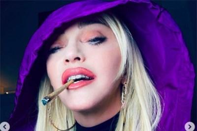 Welkom in Madonna'sfreakshow: Queen of Pop steeds meer Queen of Controverse