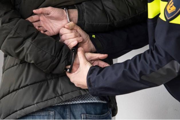 Vermeende drugsdealer aangehouden na doorzoeking in woning Echt
