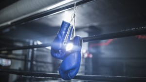 Maastrichtse bokser Safir Munir kansloos bij debuut in TeamNL