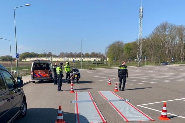 Politie controleert aanhangers in en rondom Maastricht