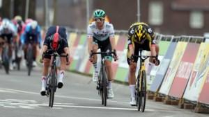 Wout van Aert wint Amstel Gold Race na millimetersprint