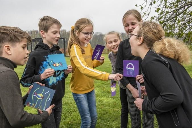 Basisschoolleerlingen uit Wanssum maken iets moois voor op de toren van Den Schellaert