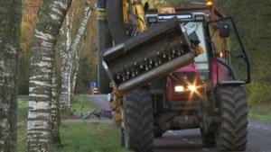 Tractorbestuurder zwaaide naar 83-jarige fietser, maar zag hem later over het hoofd, met fatale gevolgen