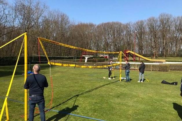 Volleybalclub Reuver start met trainingen op terrein van zwembad De Bercken