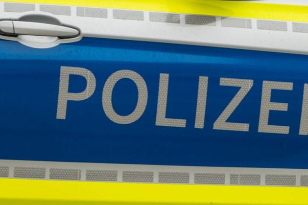 Politie houdt 70 personen aan in park Alsdorf, hele groep krijgt boete voor overtreding coronaregels