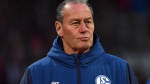 Huub Stevens over degradatie Schalke 04: 'Ontzettend droevig. En het wordt niet gemakkelijk om direct terug te keren naar de Bundesliga'