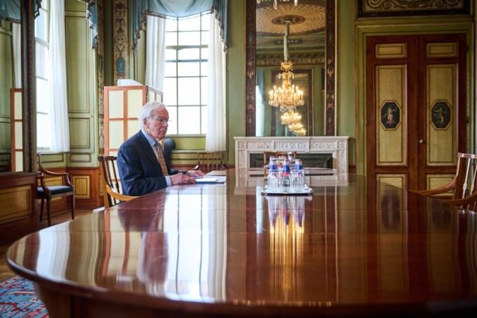 Tjeenk Willink hervat formatie: fractieleiders kleine partijen opnieuw langs bij informateur