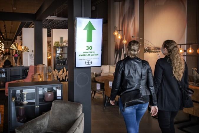 Winkelen zonder afspraak: 'Wel streng blijven aan de deur'