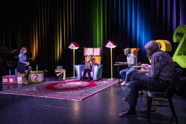 Scholier Ymaènne wint Limburgse finale van voorleeswedstrijd in ECI Roermond