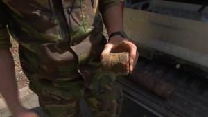 Video: EOD ingeschakeld na vondst 'explosief' op begraafplaats Sint Joost