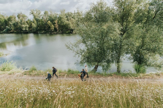 Wandeling van bijna 137 kilometer langs de Maas in Nederland en België beste van de Benelux