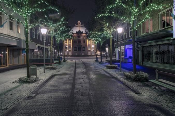 Fotograaf bezoekt 26 Nederlandse steden tijdens avondklok: zo stil is het in Limburg