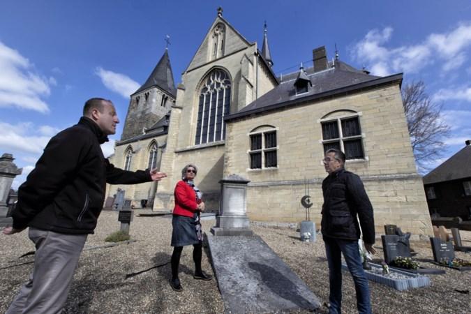 Heemkring Heel zoekt via eeuwenoude grafzerken naar de geschiedenis van het dorp