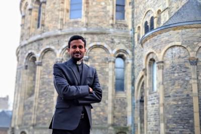 Indiase kapelaan over zwaar getroffen vaderland: 'Ik voel de onmacht en radeloosheid van die families'