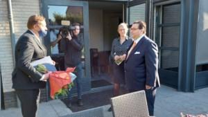 Koninklijke onderscheiding voor burgemeester Raymond Vlecken