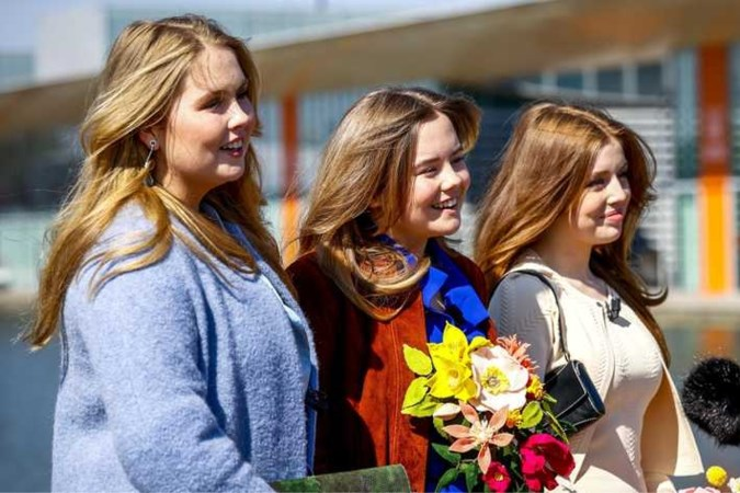 Prinses Ariane (14) schittert tijdens viering Koningsdag in Eindhoven