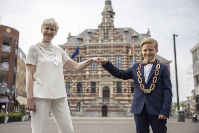 Kerkrade heeft nu twee burgemeesters, één van 11 jaar oud