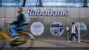 Rabo gaat negatieve rente rekenen op tegoeden van boven ton
