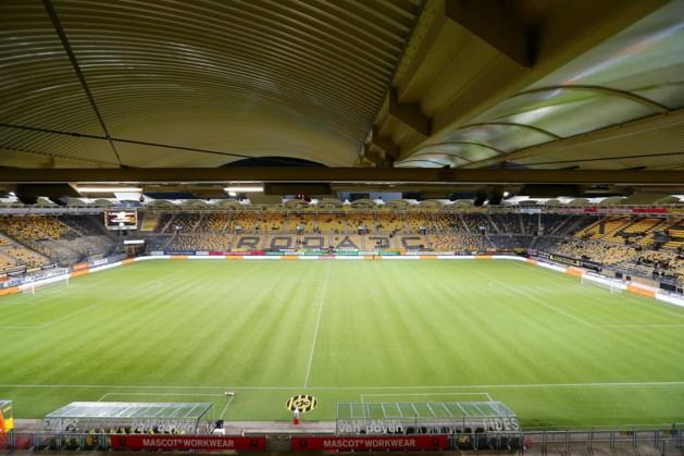 Oosttribune Parkstad Limburg Stadion tijdens Roda-Jong AZ gesloten