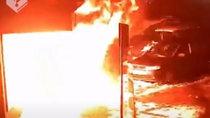 Twee mannen aangehouden voor explosies tijdens avondklokrellen in Blerick
