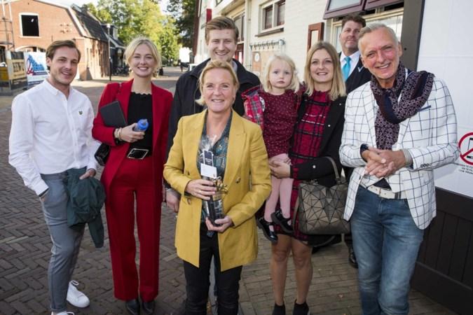 Roddelen in showbizzland: woede om Meiland-fans in Noordwijk en pikant nieuws over Geraldine Kemper