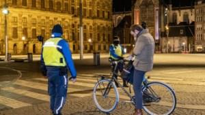 Politie schreef in totaal 95.000 avondklokboetes uit