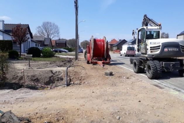 Been van wegwerker in België doorboord na val in sleuf