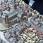 Nieuw YouTube-kanaal: Vliegen door de oude straten van Maastricht op eerste filmpjes Parijse stadsmaquette