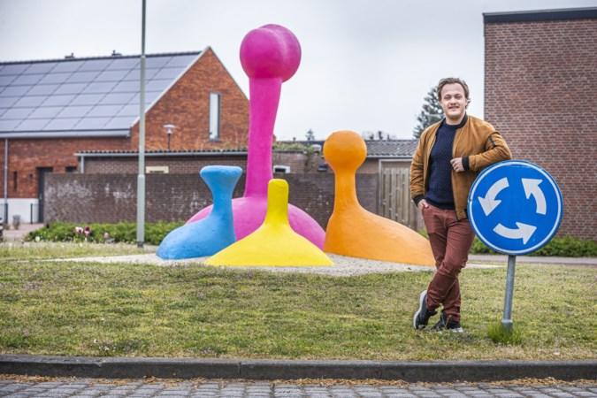 Edwin krijgt storm van kritiek over zich heen, nadat hij kunstwerk in Venray van nieuwe felle kleuren had voorzien