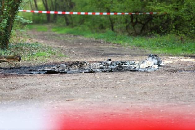 Drugsafval gedumpt en in brand gestoken in natuurgebied Roggel