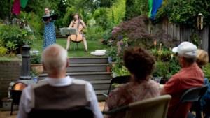 Thuistheater in Venlo: wie wil er deze zomer een Shakespearevoorstelling in de tuin?