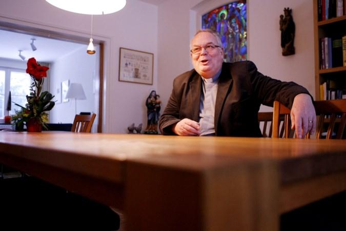 """Van Meijgaarden legt pastoorschap Meerssen neer: """"Maar ik neem geen afscheid."""""""